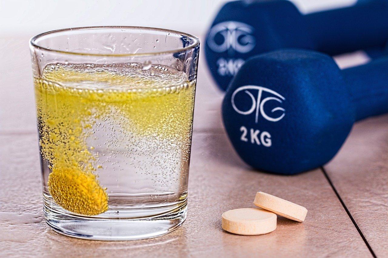 vitaminok-fogyokura-alatt-cikk-foimidzse